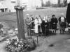 1993 m. Šv. Mišios prie kryžiaus. Koncelebruoja kun.  Izydor Sadowski SDB