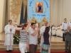 Bažnyčiai paaukota Marijos krikščionių pagalbos vėliava