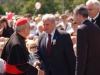 Kard. A.J.Bačkis sveikinasi su Lenkijos Rybniko miesto meru Adam Fudali