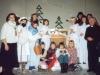 1995 m. Šv. Kalėdos. Prie prakartėlės po Kalėdinio vaidinimo