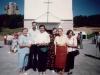 1996 m. Svečias iš Italijos kun. Eligio Capriglio su parapijiečiais