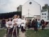 1997 m. liepos 20 d.kun. Petras Dumbliauskas SDB šventina varpinės kryžių